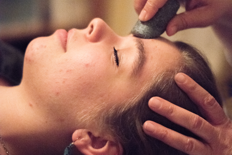 Rejuvenating Face Massage with Hot Stones
